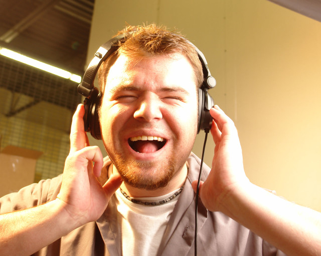 Tips for writing audio narration - rock your next audio script